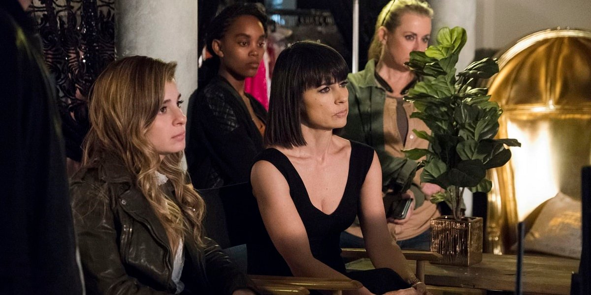 Constance Zimmer and Shiri Appleby in UnReal