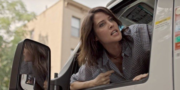 Cobie Smulders screaming in episode 1