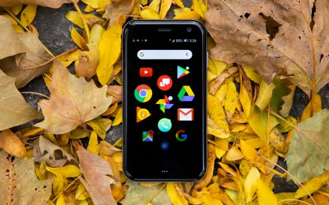 Palm Phone - Full Review and Benchmarks | Tom's Guide