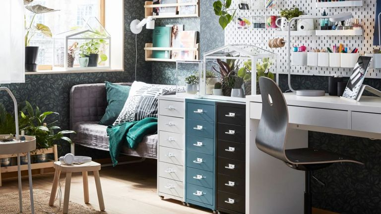 Small home office idea by IKEA in living room