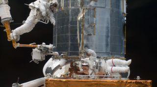 Hubble servicing mission