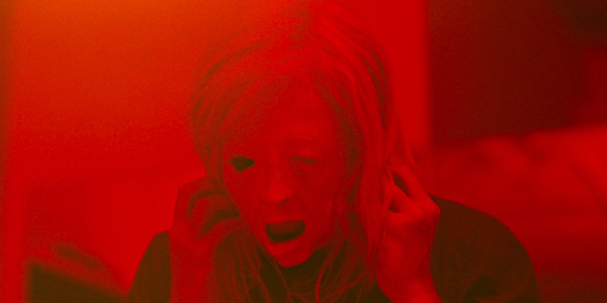 Объяснение концовки обладателя: кто кем владеет в извращенном научно-фантастическом фильме ужасов Брэндона Кроненберга?
