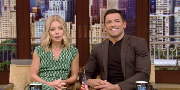 kelly ripa mark consuelos father's day sex story abc
