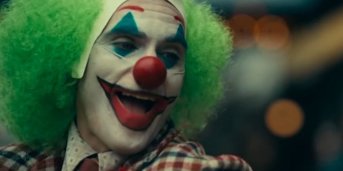 Ryan Reynolds congratulates Joaquin Phoenix on 'Joker' box office record