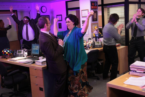 The Office Finale And 'A.A.R.M': What's Ahead At Dunder Mifflin In The Last Two Episodes #26649