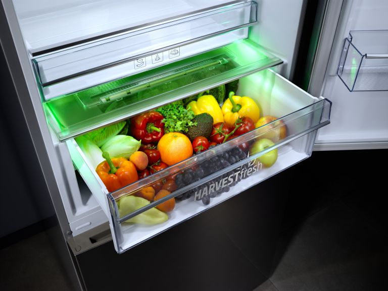 Smart fridge: Beko Harvest Fresh technology