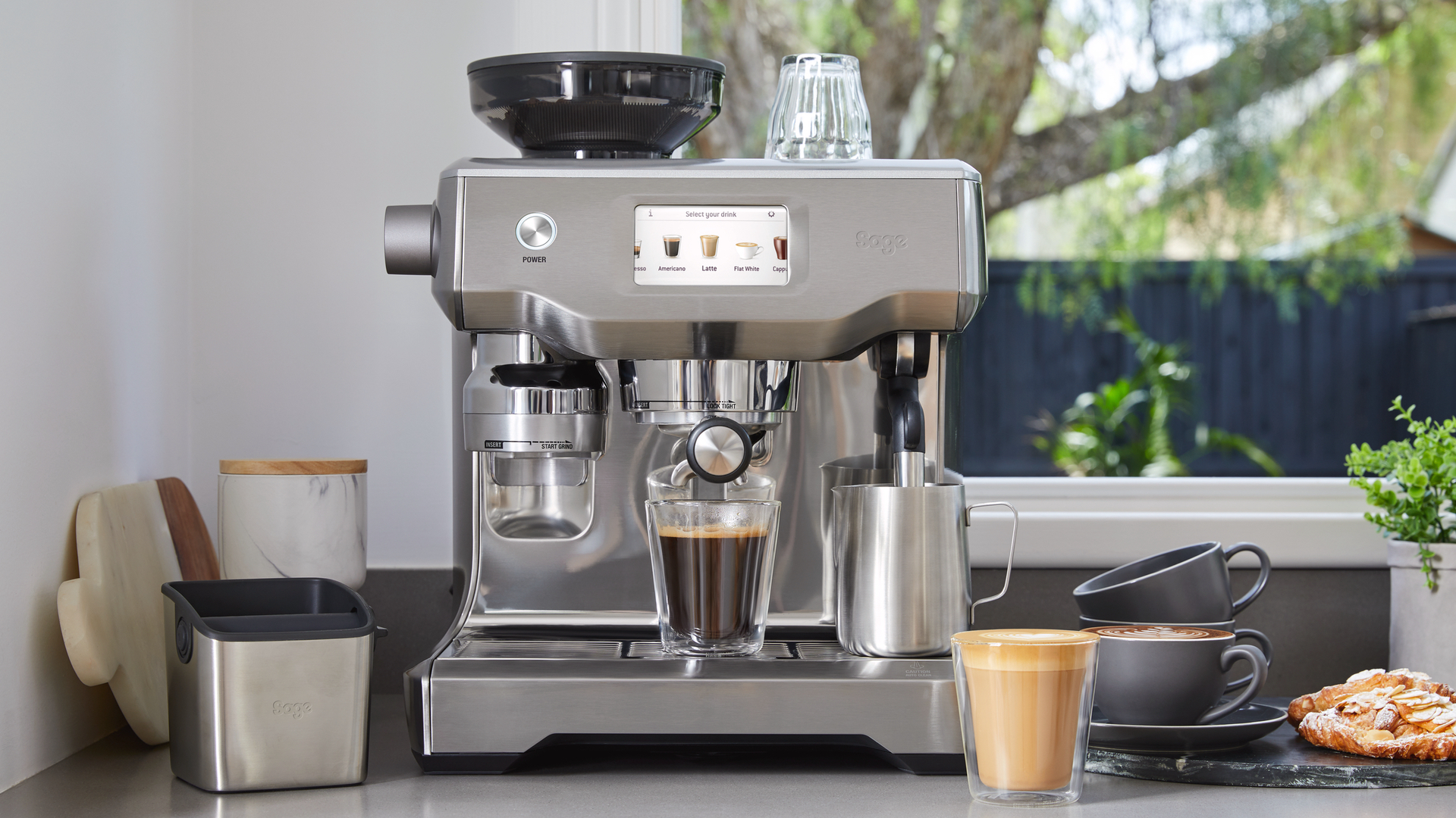 Sage Oracle Touch review: the best bean to cup coffee machine you ...