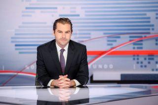Julio Vaqueiro, anchor of Telemundo's 'Noticias Telemundo Edición Especial'