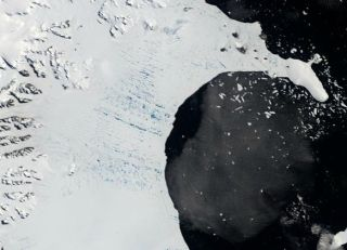larsen-ice-shelf-january-110727-02