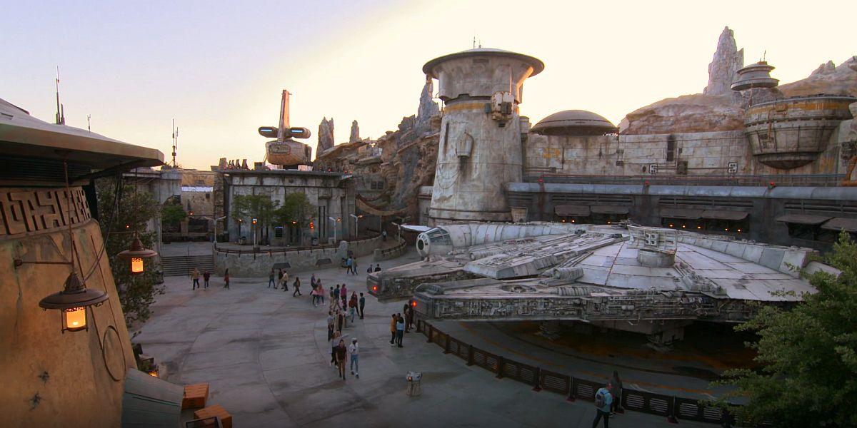 Millenium Falcon at Star Wars: Galaxy's Edge