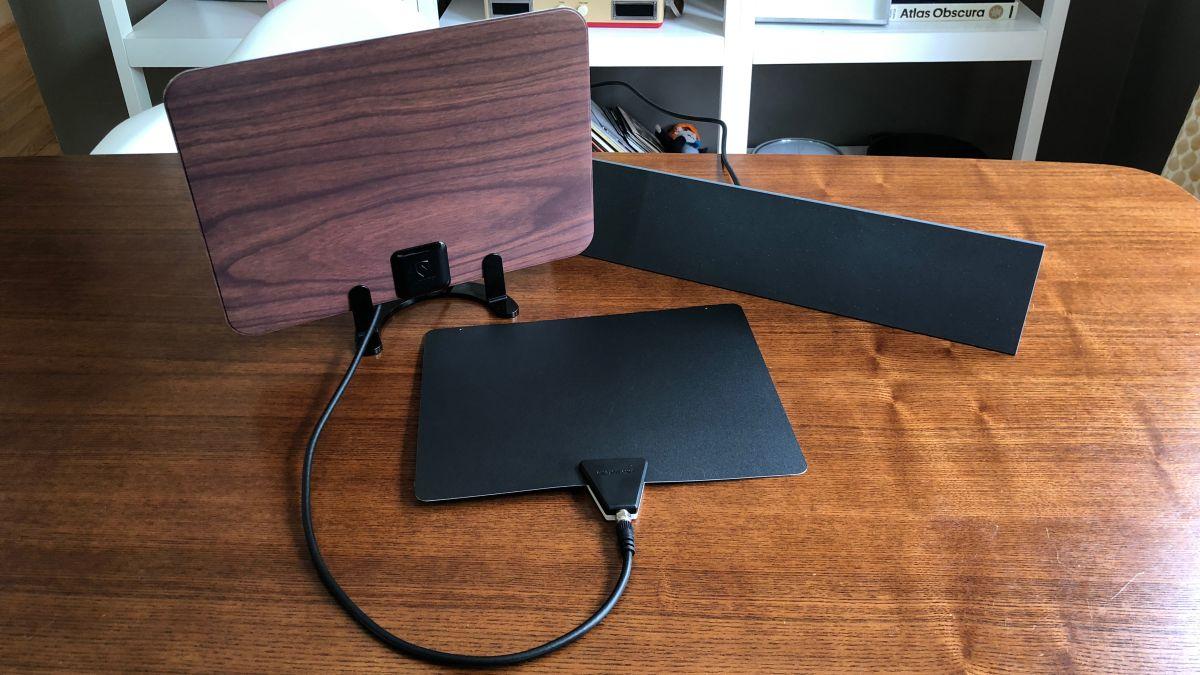 The best indoor TV antennas 2018: 6 great digital TV antennas for inside your home