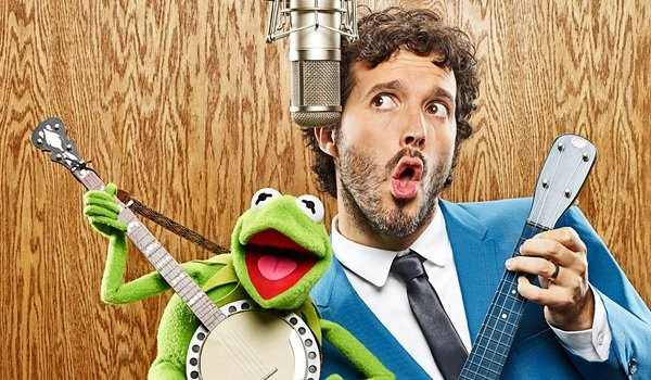 The Muppets Bret McKenzie playing banjo with Kermit The Frog