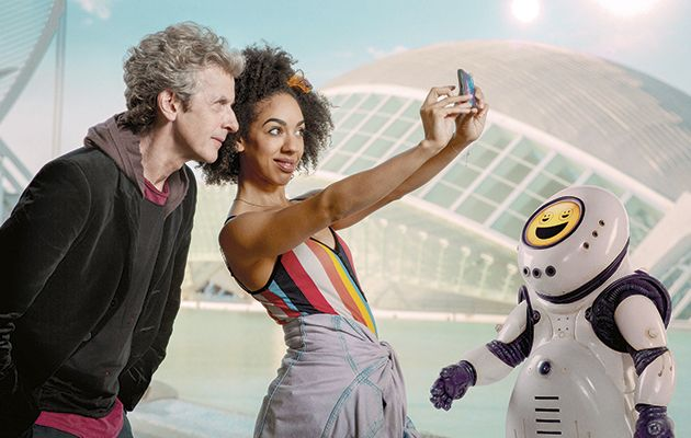 A smile can be deceptive…and that's certainly true on the planet where the Doctor and Bill take the TARDIS this week.