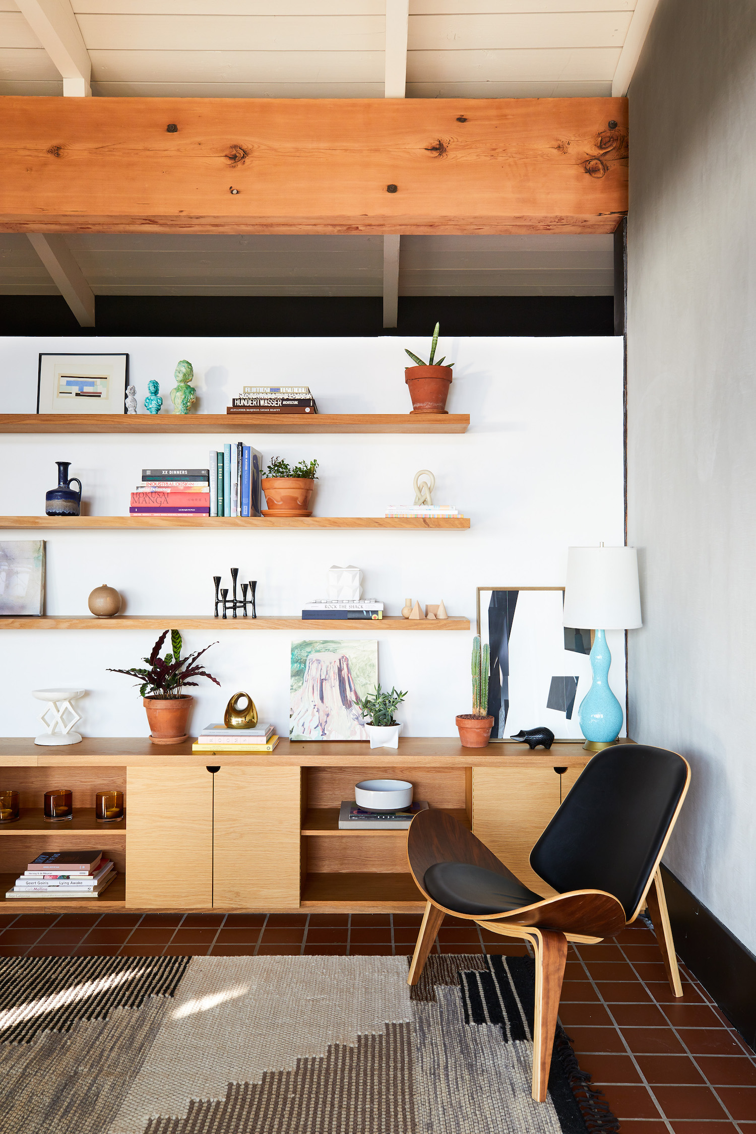 How To Get The Mid-Century Modern Look In A Modern Home