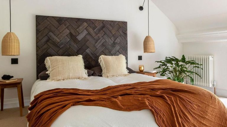 Where to spend and where to save in a bedroom