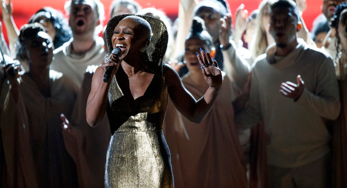 Cynthia Erivo sings Stand Up at the 2020 Oscars