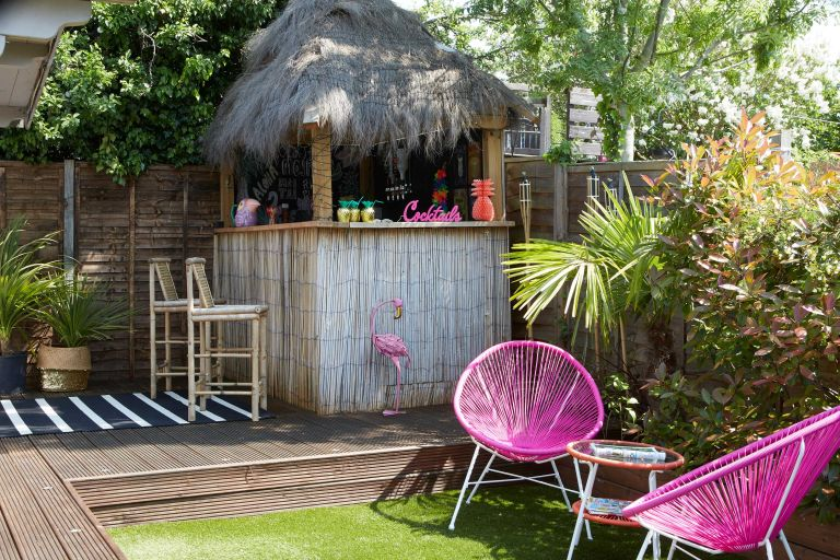 outdoor home bar positioning tips