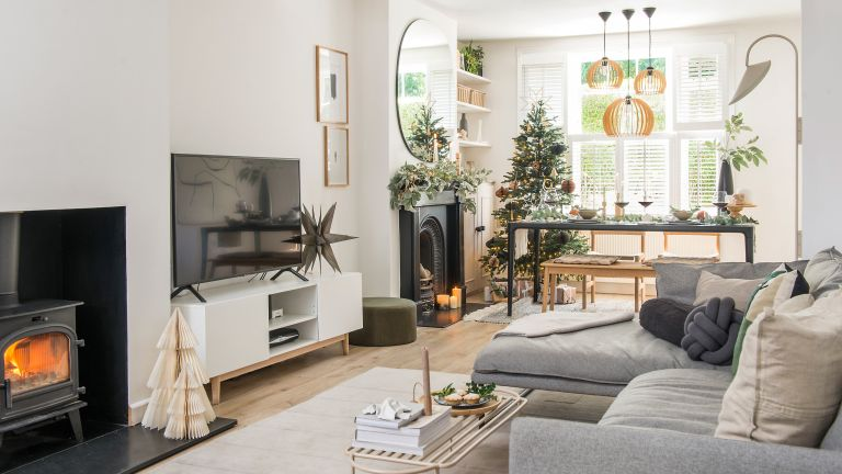Apartment Christmas decor ideas