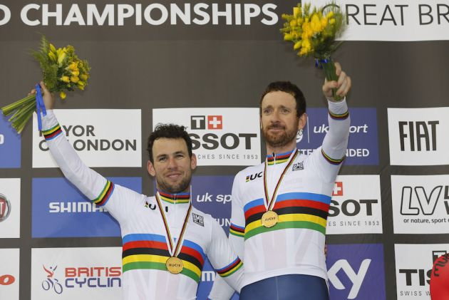 Mark Cavendish and Sir Bradley Wiggins on the podium at the Track World Championships (Sunada)