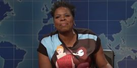 SNL Vet Leslie Jones Sparked 'Happy Tears' For Middle School Librarian After Last-Minute Donation