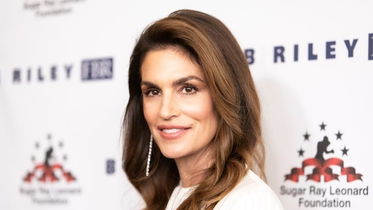 Cindy Crawford attends Sugar Ray Leonard Foundation's 10th Annual 'Big Fighters, Big Cause' Charity Boxing Night at The Beverly Hilton Hotel on May 22, 2019 in Beverly Hills, California
