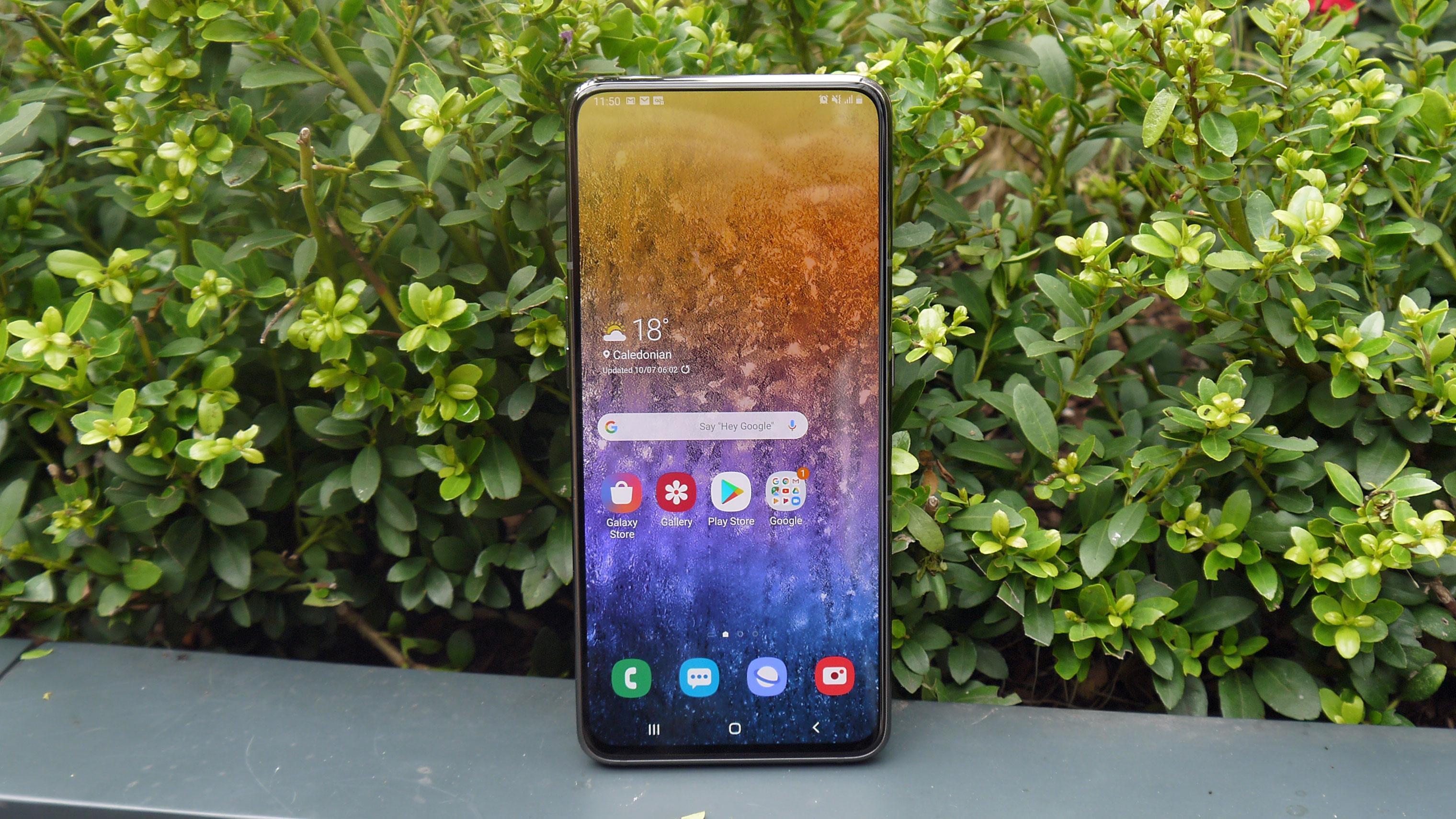 Samsung Galaxy A50 vs Galaxy A80: che telefono conveniente è meglio per voi?