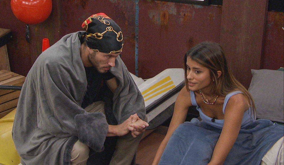 Christian talking to Alyssa Big Brother Season 23 CBS