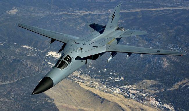 هواپیماهای مافوق صوت | F-111 Aardvark