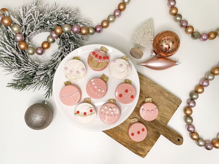 ornament christmas cookies