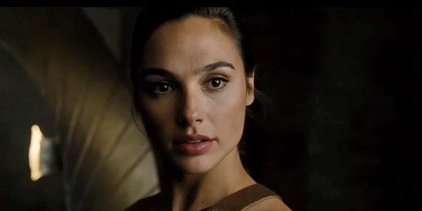 wonder woman gal gadot looking at camera