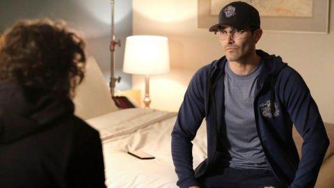 "Tyler Hoechlin as Clark Kent in Superman and Lois ""Broken Trust"""