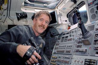 Mission Atlantis: Spacewalking Veterans Set for Orbital Return