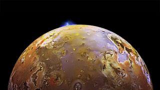 Io volcanic eruptions