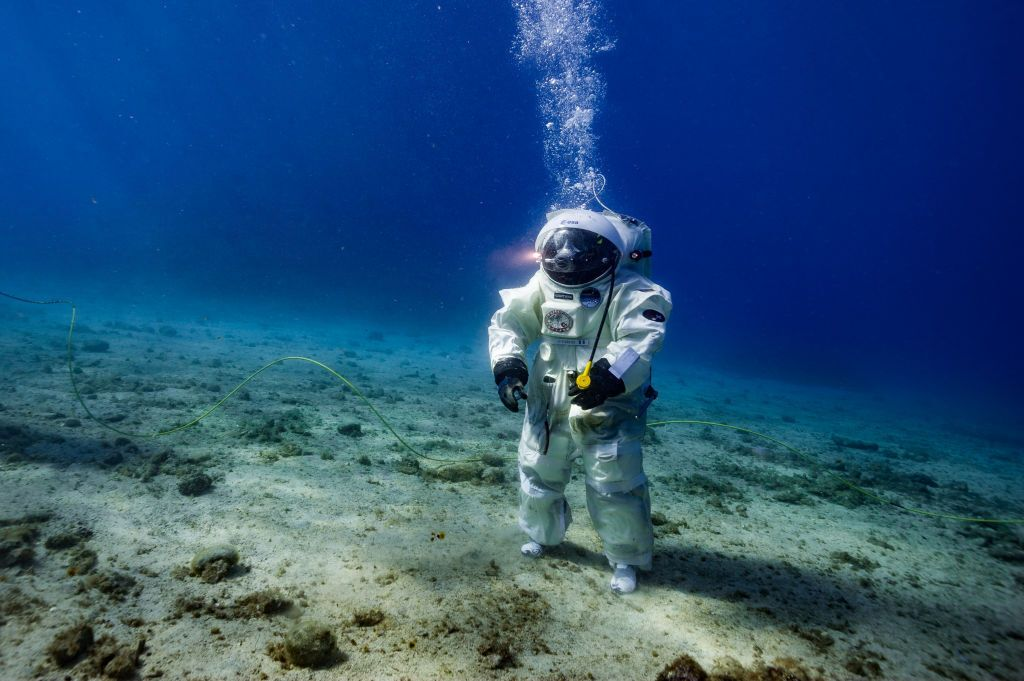 Photos: 10 extraordinary ocean worlds in our solar system