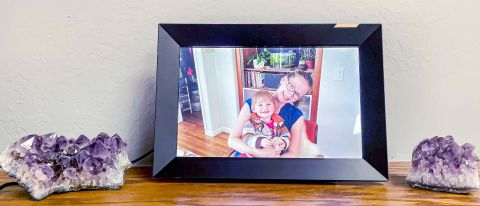 Nixplay Smart Photo Frame 10.1 inch Touch sitting on mantle