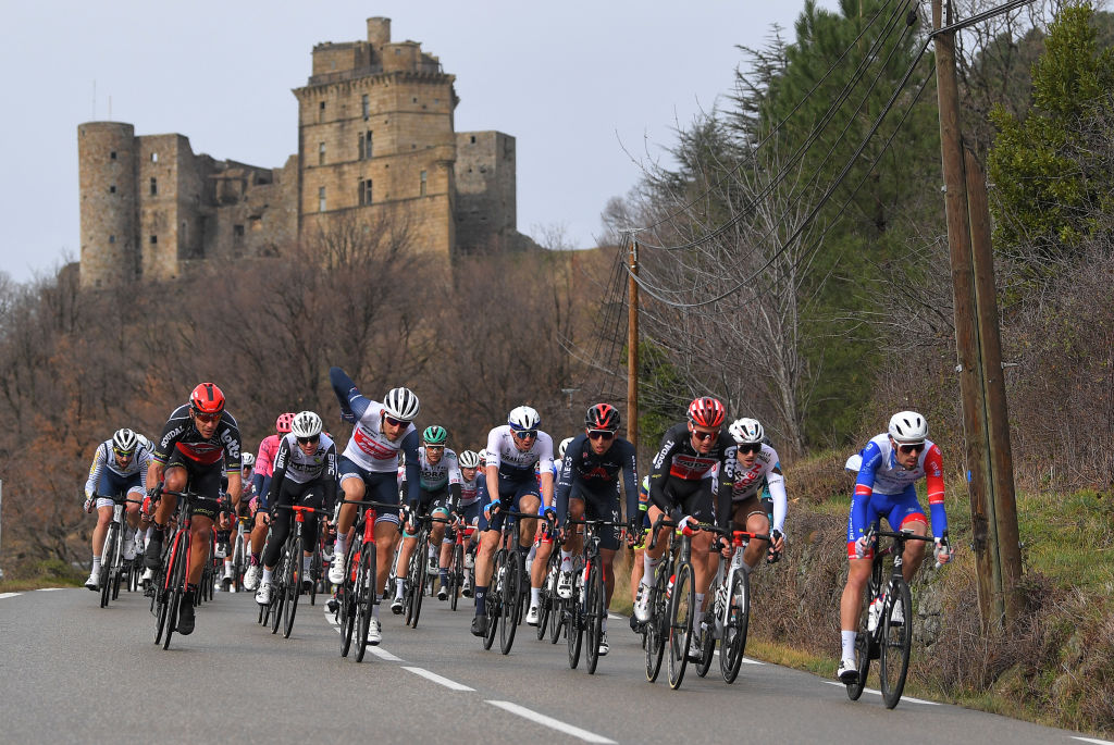 The early attacks on stage 3