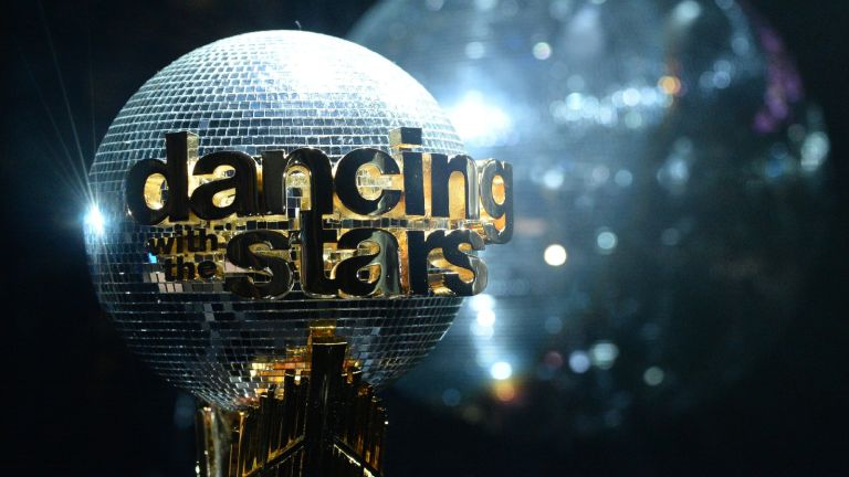 """DANCING WITH THE STARS 2021- """"Finale"""" Four celebrity and pro-dancer couples dance and compete in the live season finale where one couple will win the coveted Mirrorball Trophy, MONDAY, NOV. 23 (8:00-10:00 p.m. EST), on ABC."""