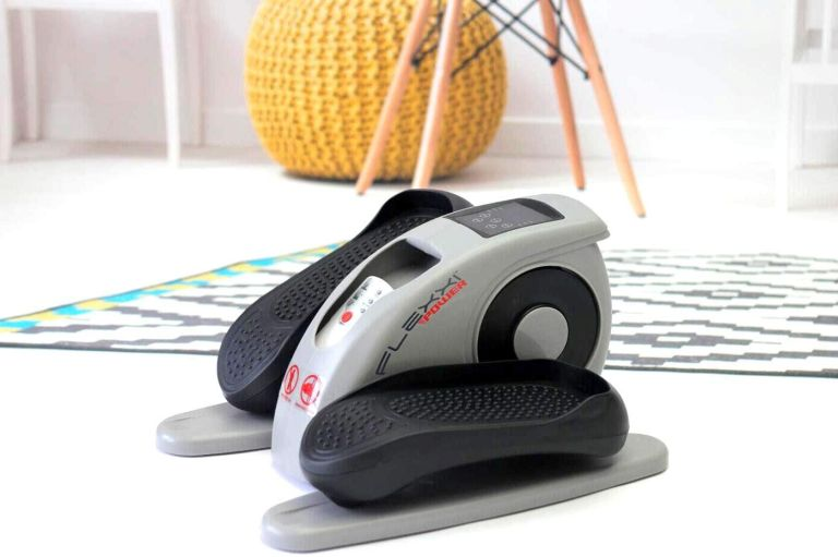 Home workout: FLEXXI POWER Electrical Motorised Elliptical Cycle on floor in living room