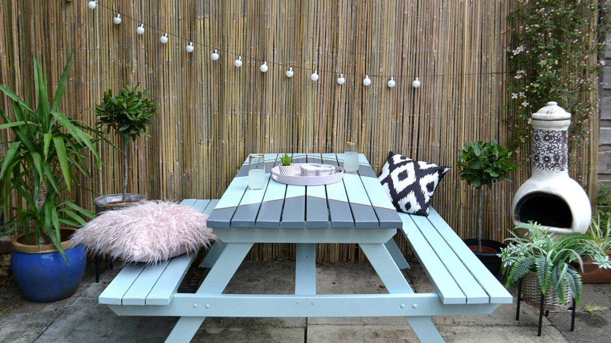 Transform an old outdoor table in five easy steps
