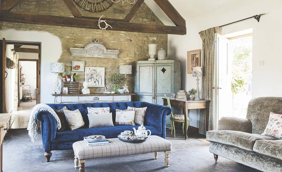 A Cotswold Barn Conversion With Beautiful Vintage Style Interiors
