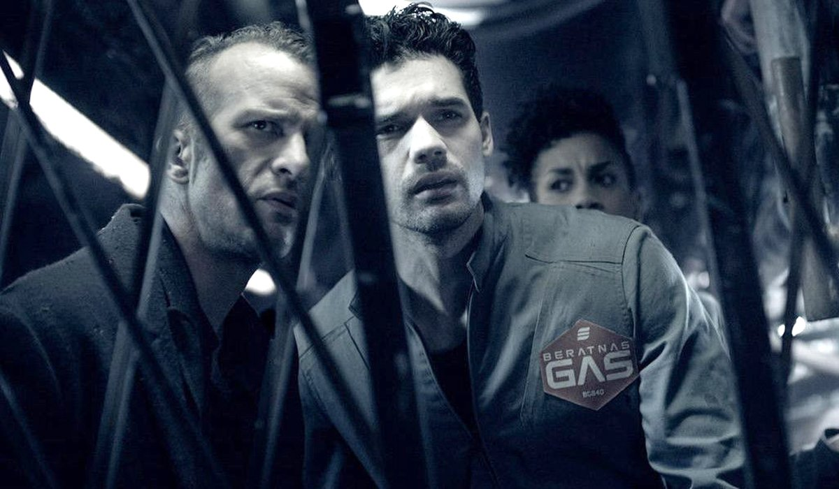 Miller and Holden The Expanse Amazon