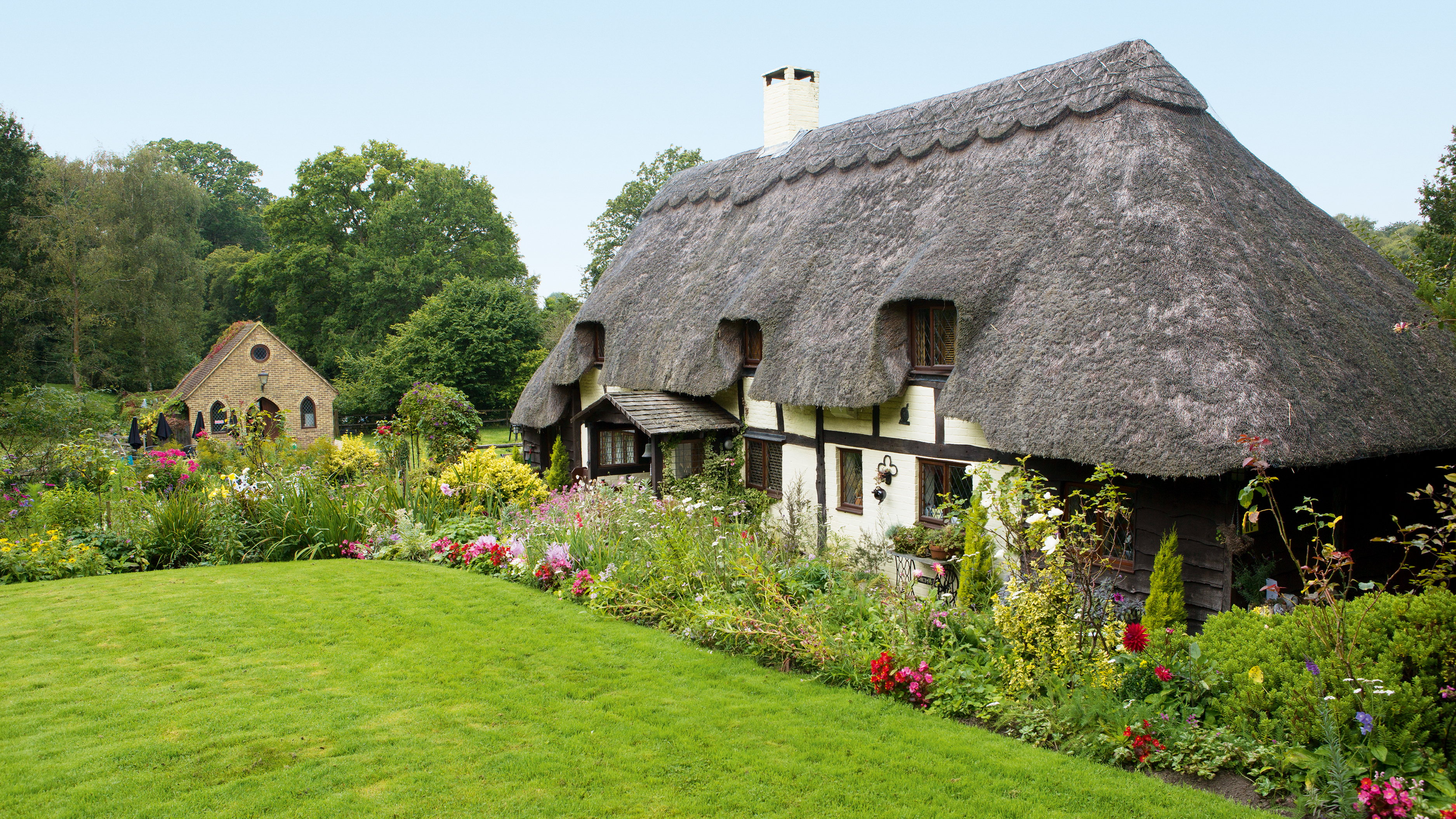 Groovy How To Create A Cottage Garden Real Homes Beutiful Home Inspiration Xortanetmahrainfo