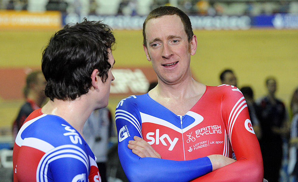 Thomas and Wiggins, Britain wins team pursuit, Manchester Track World Cup 2011