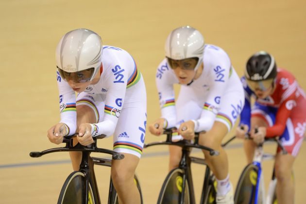 Laura Trott on front, team pursuit, Track World Cup, Glasgow 2012, day one