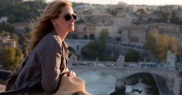 "Julia Roberts as""Liz Gilbert""in Italy in Columbia Pictures' EAT PRAY LOVE."