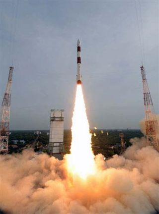 India Launches Remote Sensing Satellites
