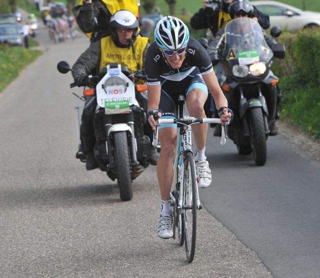 Andy Schleck attacks, Amstel Gold Race 2011