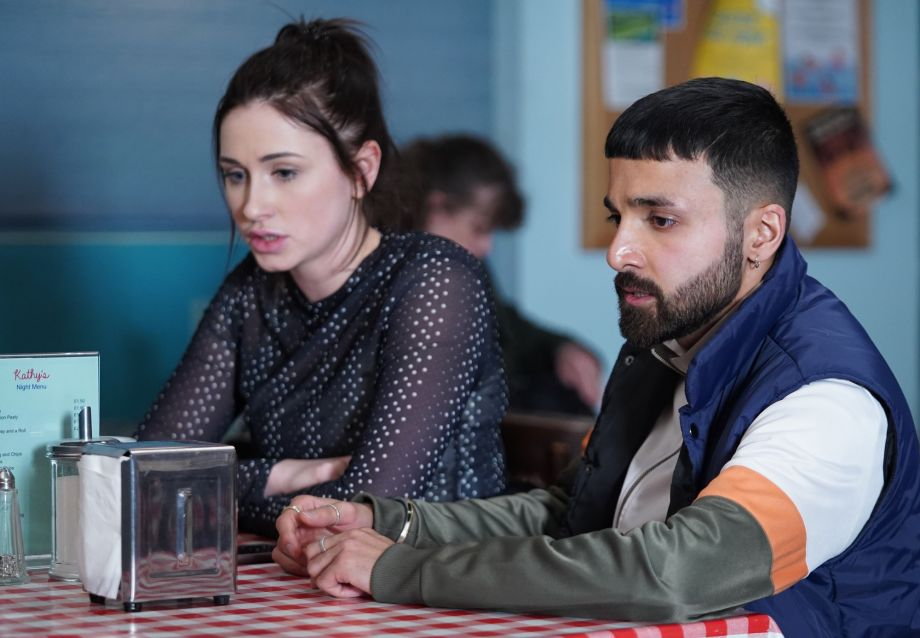 Dotty Cotton opens up to Vinny in EastEnders