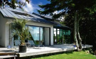 A SIPs self-build home in Cornwall that takes full advantage of its stunning, south facing plot