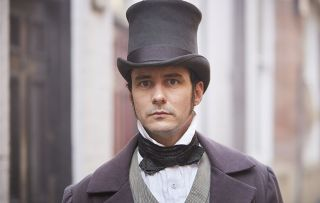 Sam Swainsbury as John Snow in Victoria